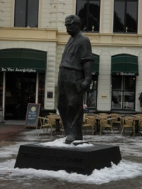Standbeeld voor Albert Schweitzer in Deventer